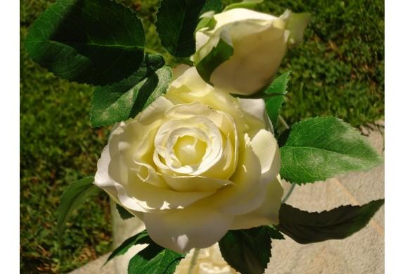 Rosa artificiale con bocciolo